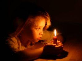 Como ajudar o seu filho a superar o medo do escuro