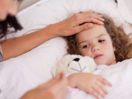 Saiba como baixar a febre do seu filho rapidamente