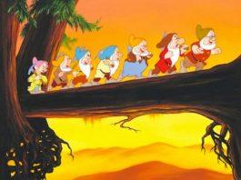 Os 7 anões e a bruxa má