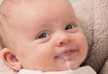Refluxo gastro-esofágico nos bebés, conheça a causa dos vómitos