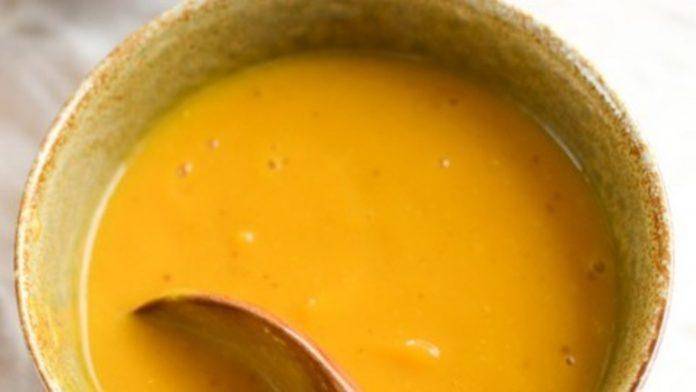 Creme de peixe com alface e beringela