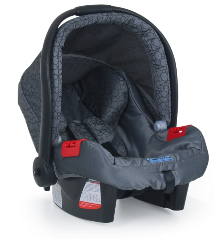 Como instalar cada modelo de cadeirinha de bebê no carro
