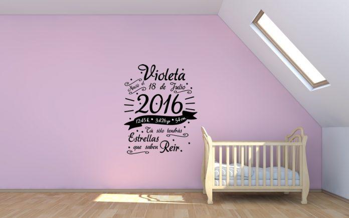 Decoração com autocolantes para o quarto do bebé